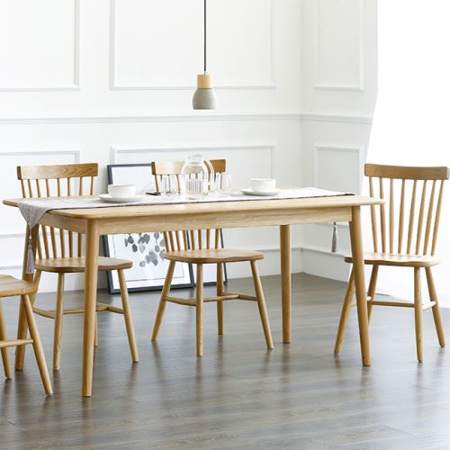 Northern Europe design modern solid wood dining table and chairs